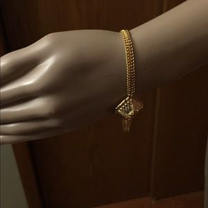 Jewelry - Gold plated  22 karat look braclet